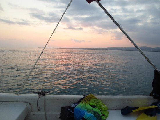 Parguera Water Sports and Adventures: Sunset from the boat