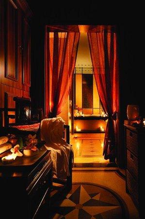 Han's Royal Garden Hotel: Spa