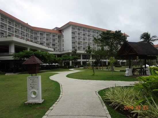 Shangri-La's Mactan Resort & Spa: 庭