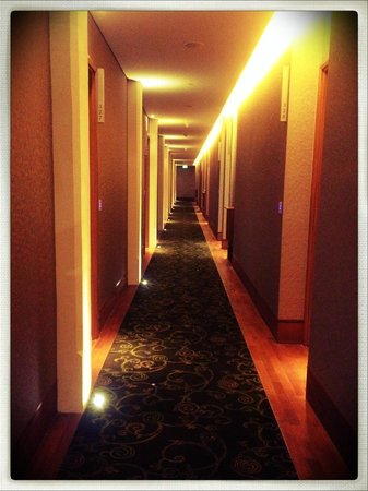 Hotel Fort Canning: corridor