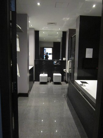 Rafayel on the Left Bank - Hotel & Spa: Bathroom