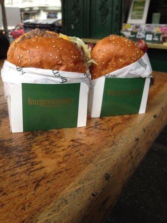 Burgermeister: Cheese burgers