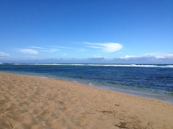 Hale Makai Cottages: Beach in front of Cottages