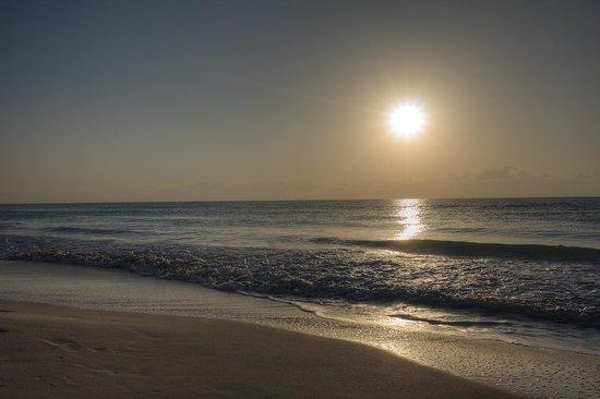 Gran Caribe Resort: Early Morning Sunrise
