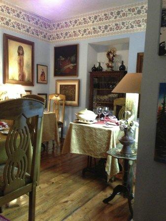 Octava de Corpus : one of many dining areas