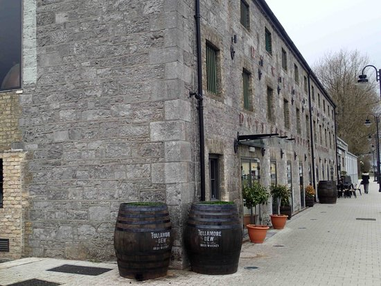 Tullamore Dew: outside of the oldTullamore building