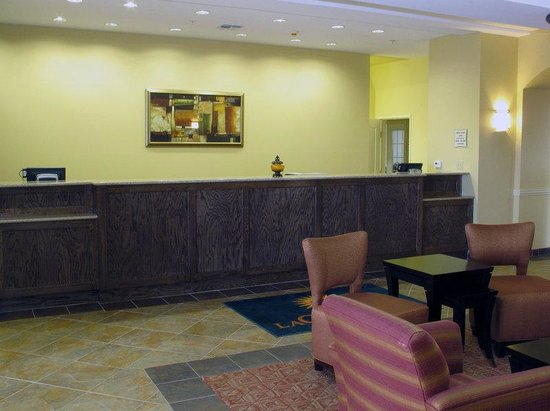 La Quinta Inn & Suites Abilene Mall: Lobby view