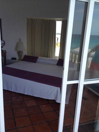 Mía Cancún: Bedroom