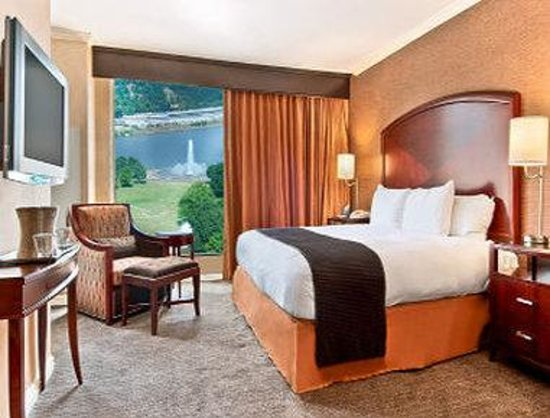 Wyndham Grand Pittsburgh Downtown: Traditional King