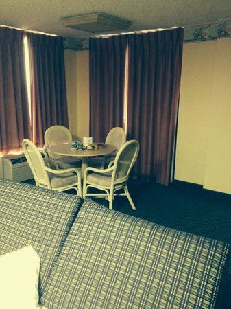 El Caribe Resort and Conference Center: The room