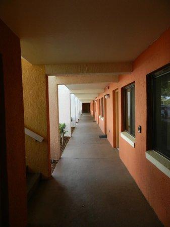 Westgate Vacation Villas Resort & Spa: Older building of rooms.