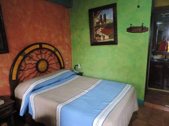 La Hacienda: Room