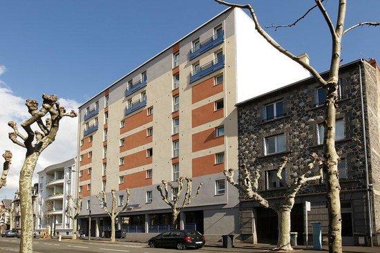 Appart'City Clermont-Ferrand Centre : Summer