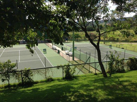 Bourbon Atibaia Convention & Spa Resort: Quadras tenis