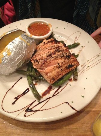 Pastabilities: Salmon, Green Beans and Baked Potato