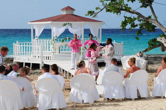Playa pesquero hotel wedding