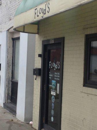Highland, IL: floyd's