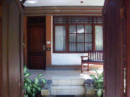 Grand Istana Rama Hotel Bali : Courtyard Area garden suite