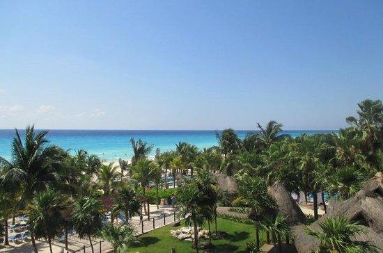 Sandos Playacar Beach Resort: beach view