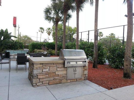 Residence Inn Fort Myers: BBQ