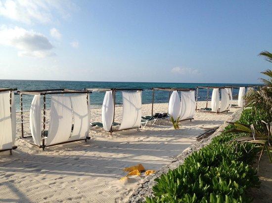 El Dorado Royale, by Karisma: Beach view