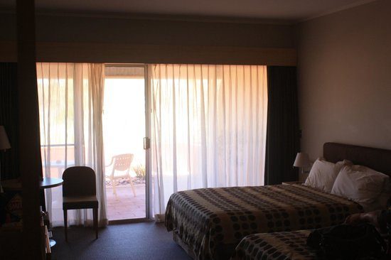 Desert Gardens Hotel, Ayers Rock Resort: Our Room