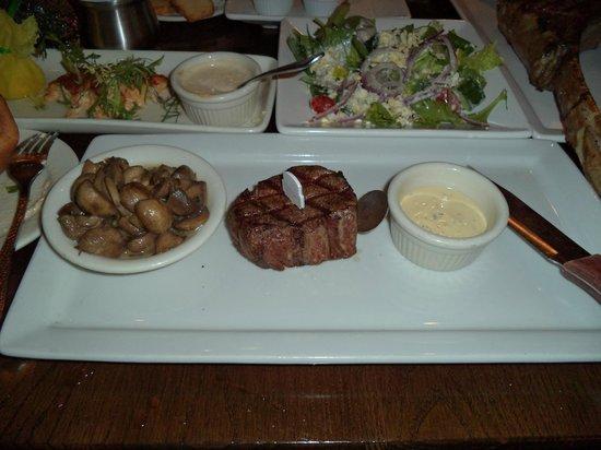 Taste of Texas Restaurant: フィレステーキ