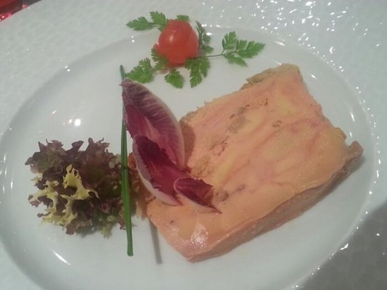 Quality Hotel du Nord Dijon Centre: The best duck pate in the world.
