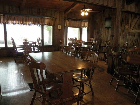 Patchwork Quilt Inn : The dining area