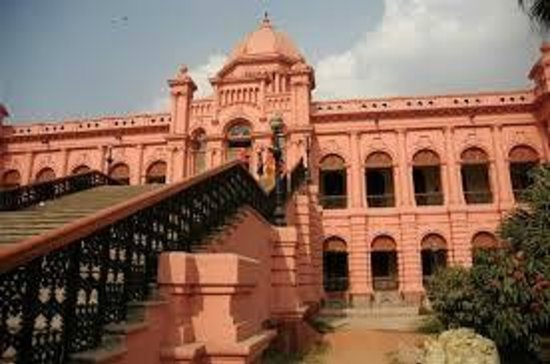 Ahsan Manzil: it is a great historical place in bangladesh...