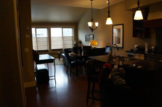 Solara Resort & Spa: Kitchen/Living room
