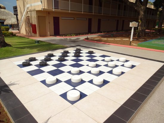 Sunscape Curaçao Resort Spa & Casino: Children had fun with this