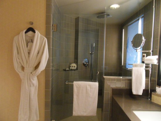 Sofitel Los Angeles at Beverly Hills: Banheiro