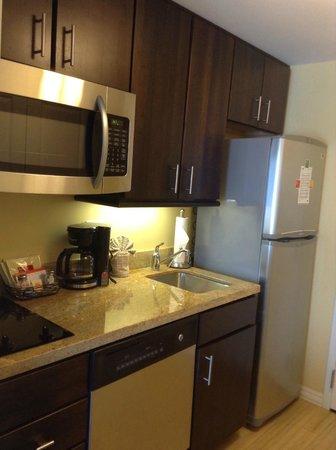 TownePlace Suites Ann Arbor: Nice Kitchen
