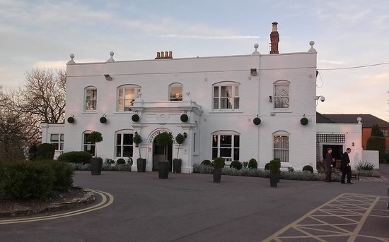 Woughton House - MGallery by Sofitel (was Mercure Parkside House): The outside