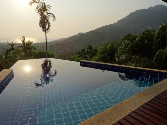 The Place Luxury Boutique Villas: Sairee view