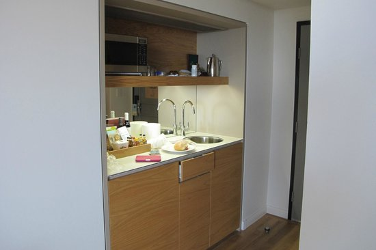 Sofitel Noosa Pacific Resort : Room Kitchenette