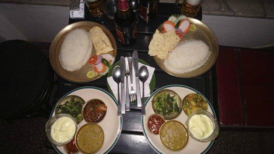 Helena's: Традиционный непальский обед
