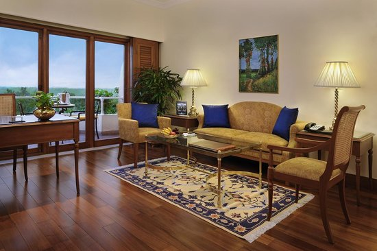 The Oberoi, Bangalore: New Executive suite Living Room