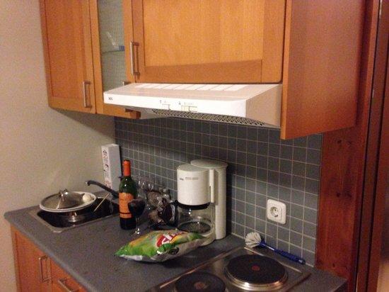 Hotel Fron : Kitchenette!