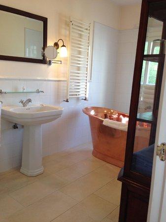 Hotel La Fuente De La Higuera: Bathroom