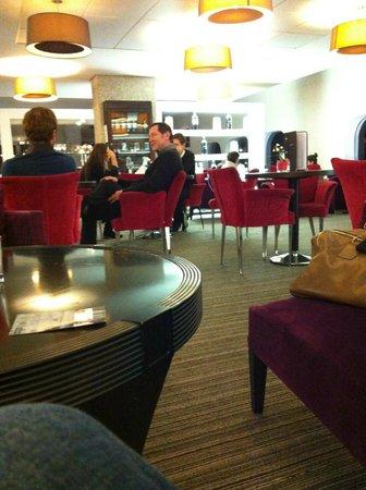 Pullman Bordeaux Lac : salle de restaurant
