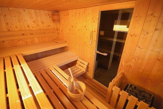 sport-lodge klosters: Sauna