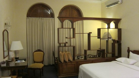 Hotel Continental Saigon : Deluxe Room