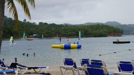 Windjammer Landing Villa Beach Resort: The beach area