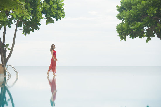 Layana Resort and Spa: Infinity Saline Pool