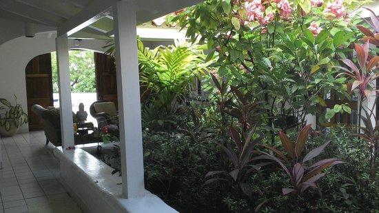 Windjammer Landing Villa Beach Resort: Inside villa 401