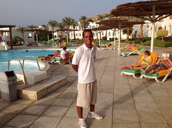 Sol Taba Red Sea : The Cactus Pool attendant, Ibriam, fantastic. got to know his regulars and kept the pool area im