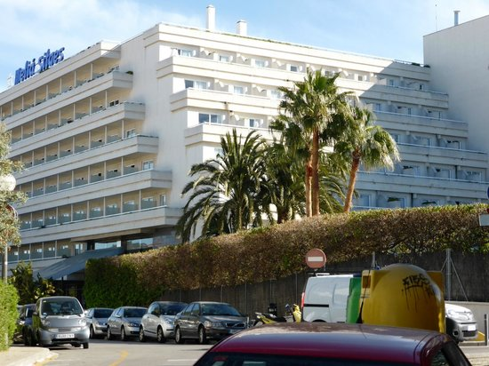 Melia Sitges: Hotelansicht