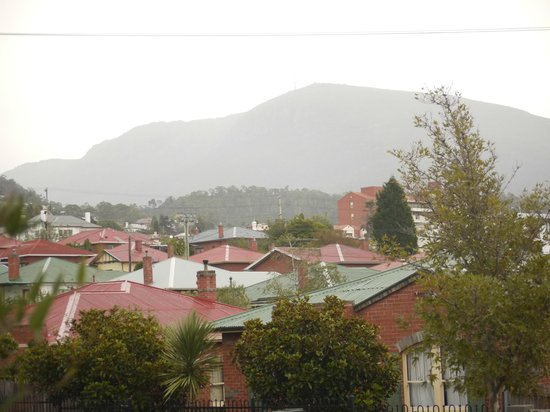 Bendalls Accommodation: view from the back balcony